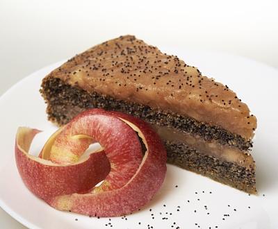 Paleo Almás-Mákos torta